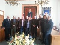 Dimas Cuevas y Ángel Salmerón con miembros del PP de Alatoz y Carcelén.