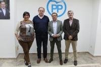 Antonio Martínez, en Almansa, junto a Cesárea Arnedo, Javier Sánchez y Ramón Rodríguez.
