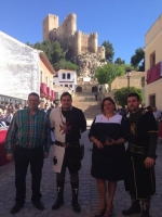 Arnedo y el alcalde Paco Núñez, en la Embajada Cristiana Infantil de Almansa.
