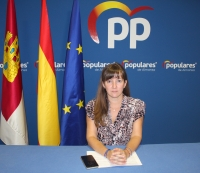 Tania Andicoberry, en la sede del PP de Almansa.