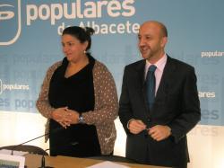 Cesárea Arnedo y Juan Marcos Molina.