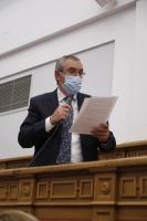 Vicente Aroca, en el Pleno de las Cortes de Castilla-La Mancha.