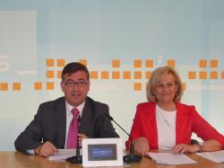 Marcial Marín y Carmen Bayod, en la sede provincial del PP.