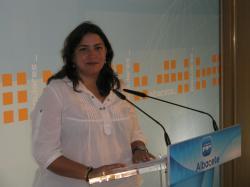 Cesárea Arnedo, en la sede del PP.