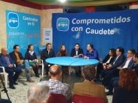 Reunión de trabajo en la nueva sede del PP de Caudete.