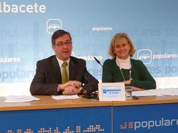Marcial Marín y Carmen Bayod, en la sede provincial.