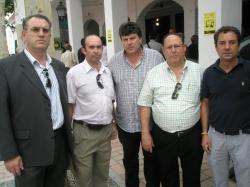El alcalde, con diputados provinciales del PP.