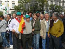 Cospedal, en la multitudinaria manifestación del campo español.