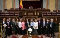 Parlamentarios del PP-CLM, junto a Cospedal, en el debate de investidura.