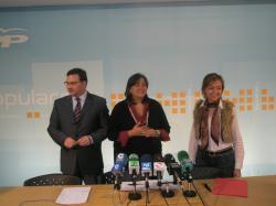Los diputados regionales del PP, en la sede de Albacete.