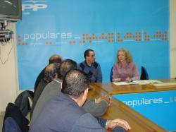 Encarnación Naharro, en la sede del PP de Hellín.