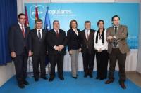 Francisco Núñez y resto de presidentes del PP de Castilla-La Mancha, junto a la presidenta Cospedal en una reunión celebrada recientemente para preparar las elecciones de Mayo.