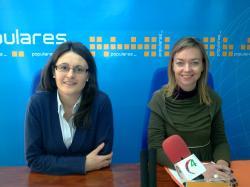 Amalia Gutiérrez e Inmaculada López, en Villarrobledo.