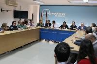 Reunión del comité de campaña, presidido por Francisco Núñez.