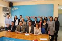 Núñez, con la junta local del PP de Hellín.