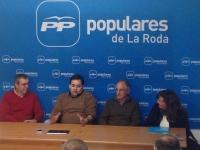 Reunión con la junta local del PP de La Roda.
