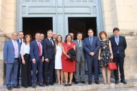 Cargos públicos del PP, en la Catedral, junto al alcalde Manuel Serrano y su equipo de gobierno.