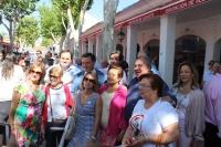 Vicente Tirado, junto al alcalde Manuel Serrano y miembros del Grupo Parlamentario Popular, en la Feria de Albacete.
