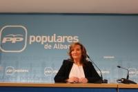 Rosario Rodríguez, en la sede provincial del PP, durante la rueda de prensa.