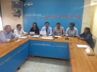 Reunión de trabajo de Paco Núñez con el Grupo Popular de Hellín.