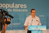 Vicente Aroca, en un momento de la rueda de prensa.