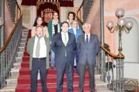 Francisco Núñez recibió a los senadores.