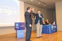 Manuel Mínguez y Francisco Núñez, en el congreso del PP de Hellín.