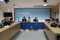 Reunión de trabajo en la sede del PP de Albacete.