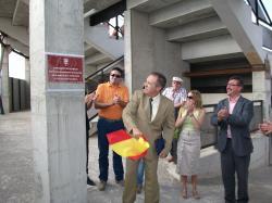 Félix Diego Peñarrubia descubrió la placa.