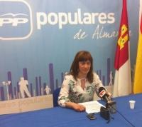 Irene Moreno en la sede del PP de Almansa