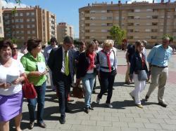 María del Mar Blanco visitó la plaza que lleva el nombre de su hermano.