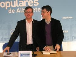 Marcial Marín y Álvaro Nadal, en la sede provincial.