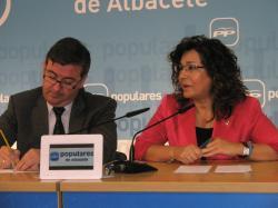 Marcial Marín y Carmen Riolobos, en la sede del PP.