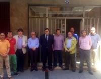 Miinuto de silencio en la sede provincial del PP, con el presidente Francisco Núñez.