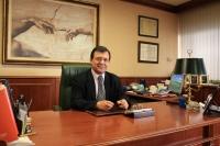 Francisco Molinero en su despacho.