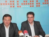 José Luis Teruel y Juan Antronio Moreno en la sede de Hellín.