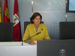 La política socialista que está llevando a cabo la Sra. Alcaldesa, avalada por la política regional de la consejera de Empleo y del Sr. Barreda es patética.