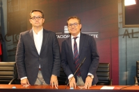 Pedro Iniesta y Antonio Martínez, en rueda de prensa en la sala de prensa de la Diputación de Albacete.