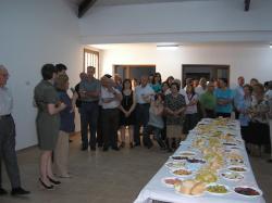 Inauguración del Centro Social ante los vecinos.