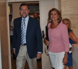 Mariano Rajoy y María Dolores Cospedal, en las Cortes regionales.
