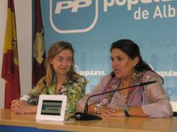 Inmaculada López y Cesárea Arnedo.