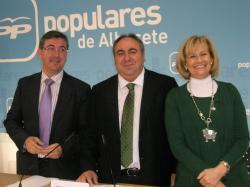 Marcial Marín, Vicente Tirado y Carmen Bayod.