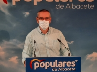 Vicente Aroca, en la sede del PP de Albacete.