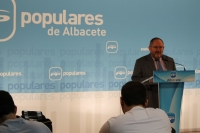 Dimas Cuevas, en la sede del PP de Albacete.