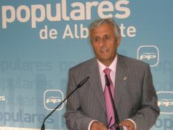 Sixto González, en la sede provincial del PP.