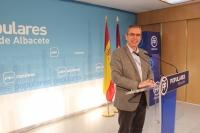 Vicente Aroca, en la sede provincial del PP de Albacete.